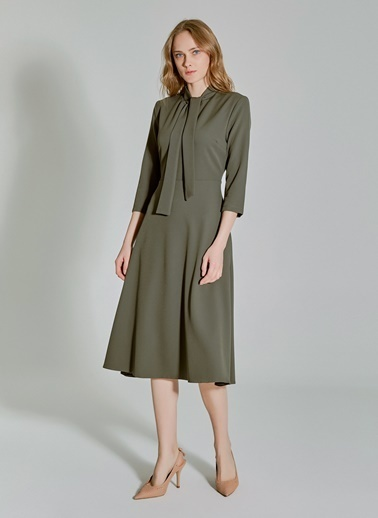 People By Fabrika Boyundan Bağlamalı Elbise Haki
